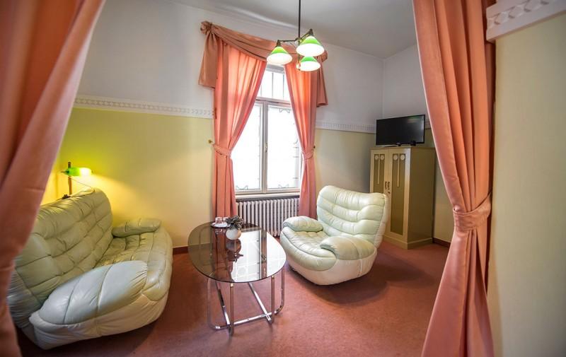 2+1-apartman-hotel-krym